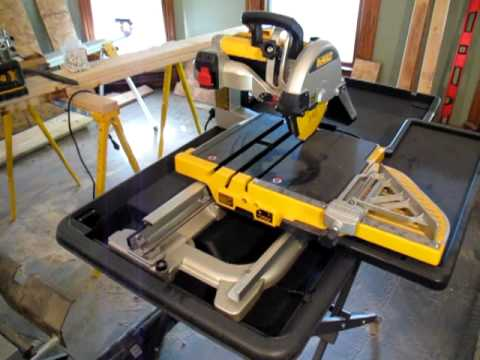Dewalt D24000 Tile Saw